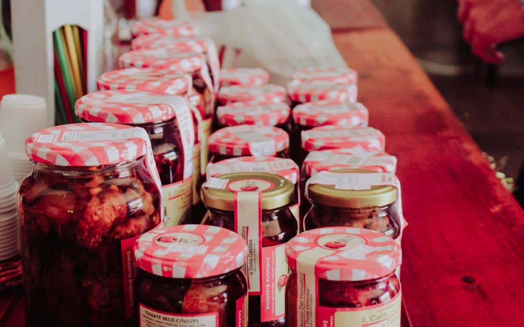 Retail Food Labeling Requirements for Restaurants Selling Products